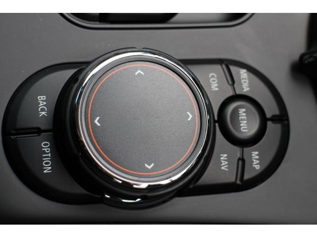 クーパーSD クロスオーバー オール4 ACC シートヒーター LEDライト 18インチAW ホワイトルーフ Bカメラ+PDC コンフォートA アクティブC(42枚目)