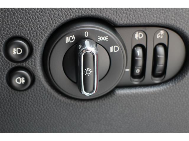 クーパー Dアシスト Bカメラ PDC コンフォートA レザレットシート 7速DCT オートライト レインセンサー(38枚目)