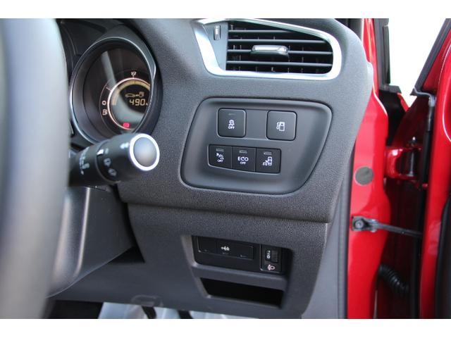 シトロエン シトロエン C4 Shine 1.2ターボ  6AT デモカーUP車