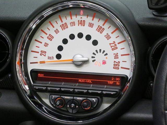クーパーS コンバーチブル 禁煙車 ディーラー記録簿 スペアキー ブラックインナーヘッドライト 17インチアルミ リアセンサー クロームラインインテリア&エクステリア ETC(10枚目)