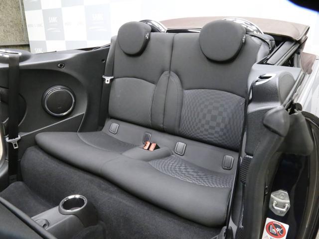 クーパーS コンバーチブル 禁煙車 ディーラー記録簿 スペアキー ブラックインナーヘッドライト 17インチアルミ リアセンサー クロームラインインテリア&エクステリア ETC(14枚目)