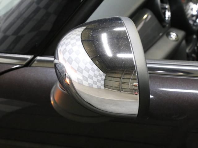 クーパーS コンバーチブル 禁煙車 ディーラー記録簿 スペアキー ブラックインナーヘッドライト 17インチアルミ リアセンサー クロームラインインテリア&エクステリア ETC(37枚目)