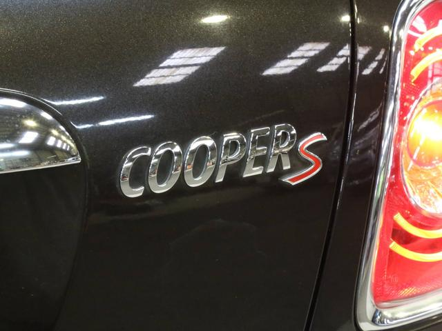 クーパーS コンバーチブル 禁煙車 ディーラー記録簿 スペアキー ブラックインナーヘッドライト 17インチアルミ リアセンサー クロームラインインテリア&エクステリア ETC(45枚目)