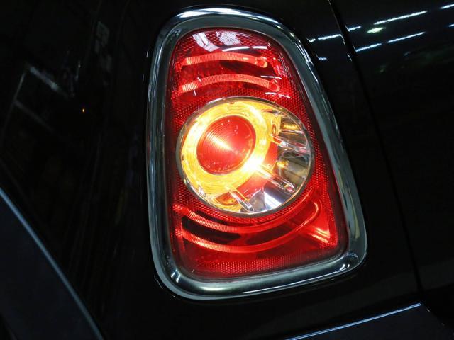 クーパーS コンバーチブル 禁煙車 ディーラー記録簿 スペアキー ブラックインナーヘッドライト 17インチアルミ リアセンサー クロームラインインテリア&エクステリア ETC(47枚目)