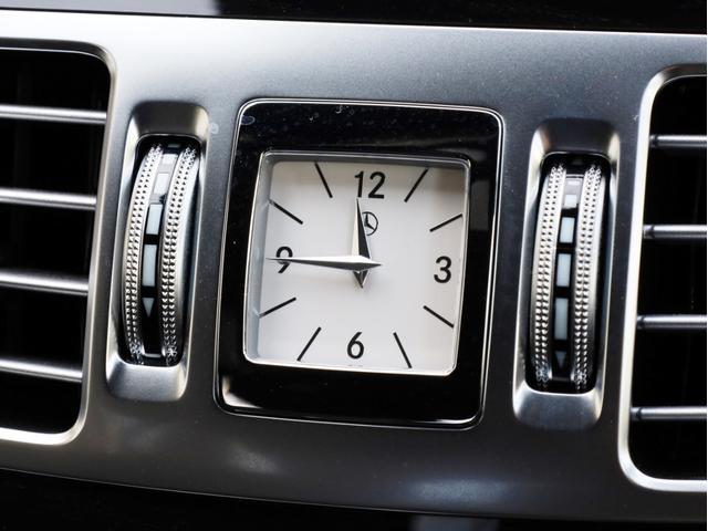 E250 ステーションワゴン アバンギャルド 1オーナー禁煙 ディーラー記録簿 純正ナビ フルセグTV Bカメラ ステアリングアシスト付きアダプティブクルーズコントロール AMG18AW AMG18インチホイール 大型ブレーキ 電動リアゲート(41枚目)
