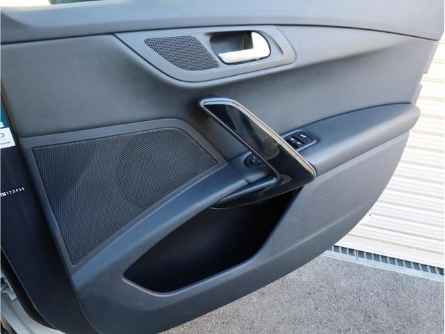 SW GT ブルーHDi 禁煙 ガラスルーフ LEDヘッドライト スマートキー 4ゾーン独立調整エアコン ナビTV バックカメラ オートマチックハイビーム ドライブレコーダー(22枚目)