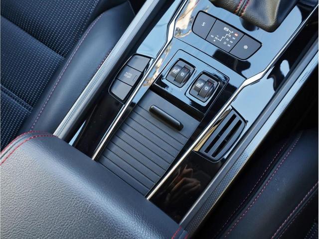 SW GT ブルーHDi 禁煙 ガラスルーフ LEDヘッドライト スマートキー 4ゾーン独立調整エアコン ナビTV バックカメラ オートマチックハイビーム ドライブレコーダー(42枚目)