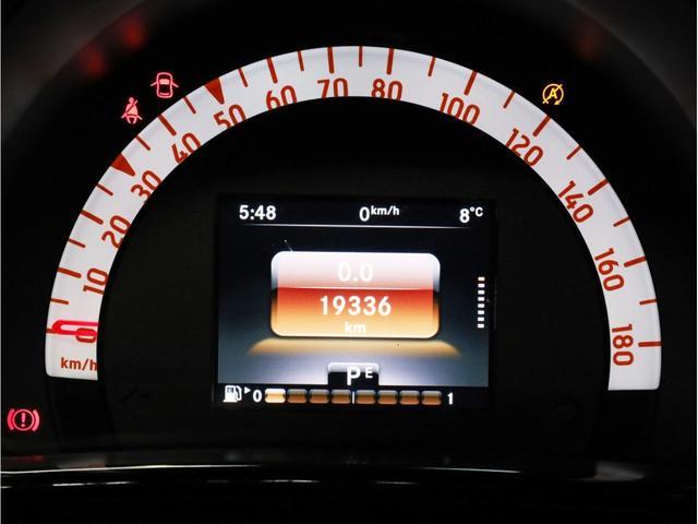 ターボ リミテッド 禁煙 黒革シート シートヒーター クルーズコントロール アイドリングストップ 純正オーディオ Bluetooth USB入力端子 ETC タコメーター 15インチAW(15枚目)