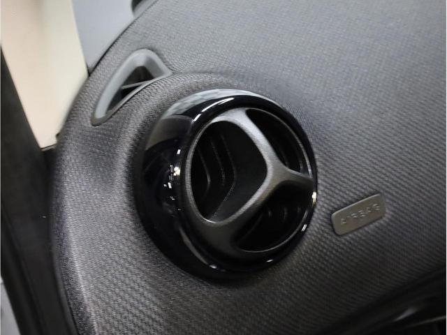 ターボ リミテッド 禁煙 黒革シート シートヒーター クルーズコントロール アイドリングストップ 純正オーディオ Bluetooth USB入力端子 ETC タコメーター 15インチAW(40枚目)