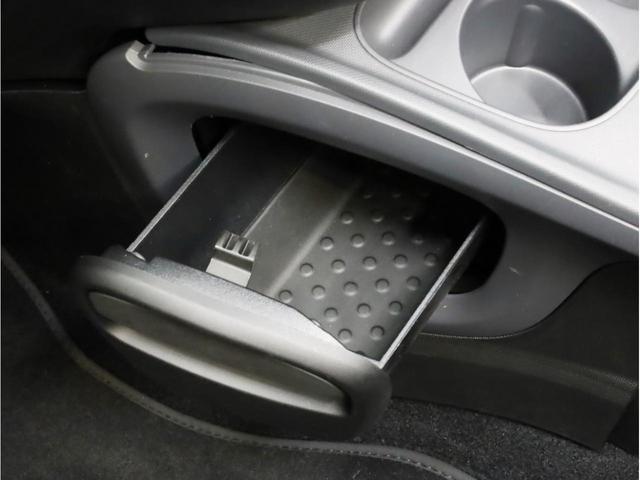 ターボ リミテッド 禁煙 黒革シート シートヒーター クルーズコントロール アイドリングストップ 純正オーディオ Bluetooth USB入力端子 ETC タコメーター 15インチAW(42枚目)