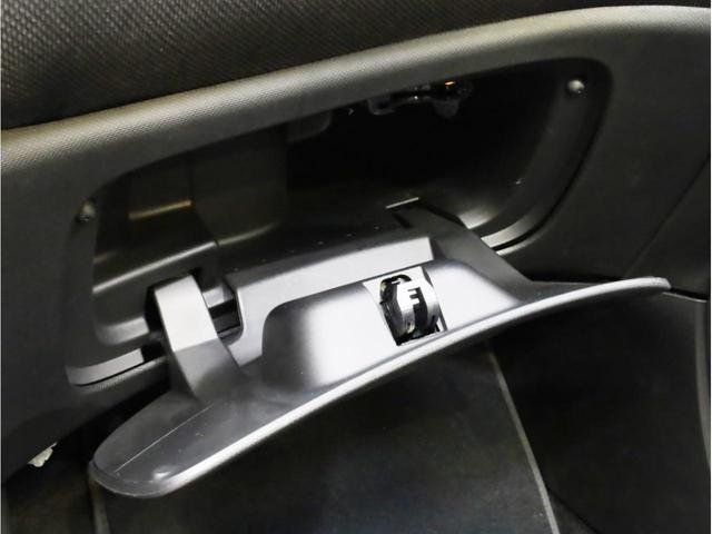 ターボ リミテッド 禁煙 黒革シート シートヒーター クルーズコントロール アイドリングストップ 純正オーディオ Bluetooth USB入力端子 ETC タコメーター 15インチAW(43枚目)
