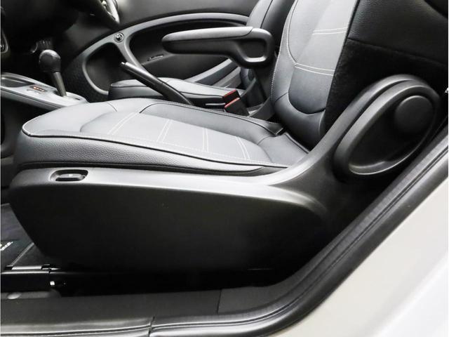 ターボ リミテッド 禁煙 黒革シート シートヒーター クルーズコントロール アイドリングストップ 純正オーディオ Bluetooth USB入力端子 ETC タコメーター 15インチAW(47枚目)