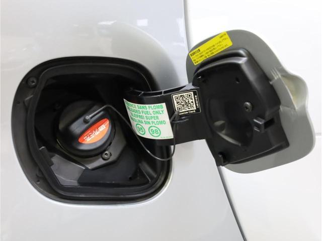 ターボ リミテッド 禁煙 黒革シート シートヒーター クルーズコントロール アイドリングストップ 純正オーディオ Bluetooth USB入力端子 ETC タコメーター 15インチAW(60枚目)