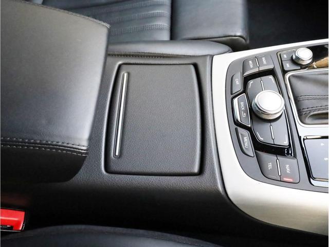 2.8FSIクワトロ Sラインパッケージ 禁煙 フルタイム4WD 黒革 19AW スポーツサス Sラインエアロ 純正ナビ フルセグTV バックカメラ BOSEオーディオ LEDヘッドライト(40枚目)