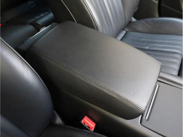 2.8FSIクワトロ Sラインパッケージ 禁煙 フルタイム4WD 黒革 19AW スポーツサス Sラインエアロ 純正ナビ フルセグTV バックカメラ BOSEオーディオ LEDヘッドライト(42枚目)