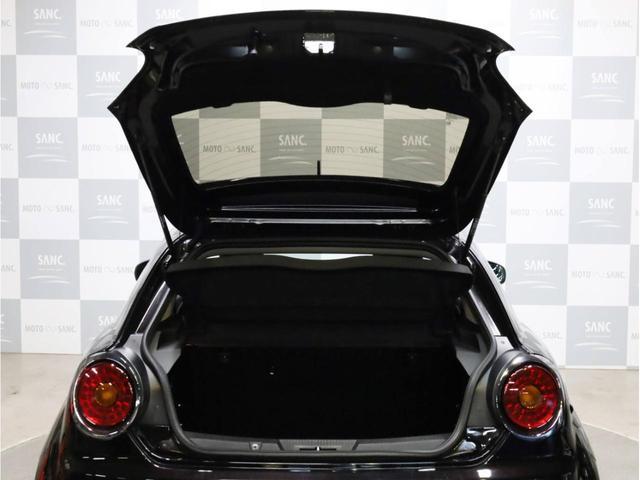 1.4ターボスポーツ Tベルト&WP交換済み 禁煙 ポルトローナフラウ製レッドレザーシート シートヒーター 大型ブレーキキャリパー 6速MT オーバーブースト機構 キセノンヘッドライト(72枚目)