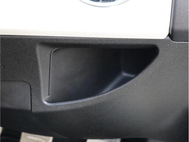 ベースグレード 禁煙1オーナー ブルーレイ再生ストラーダ2DINナビ バックカメラ 運転席レカロ製フルバケットシート17AW(24枚目)