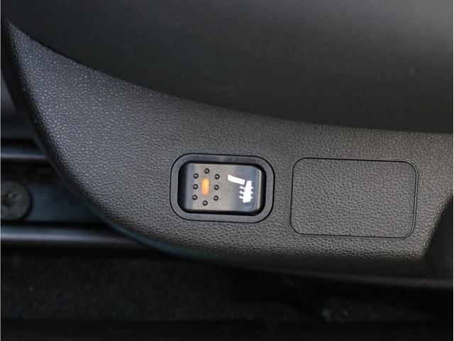 ヴェローチェ 禁煙車 カロッツェリアナビAVIC-RZ800(フルセグTV DVD再生 Bluetooth USB入力端子 SDカード対応) Bカメラ ナビ連携ドラレコND-DVR1 ステンレスフットレスト ETC(13枚目)