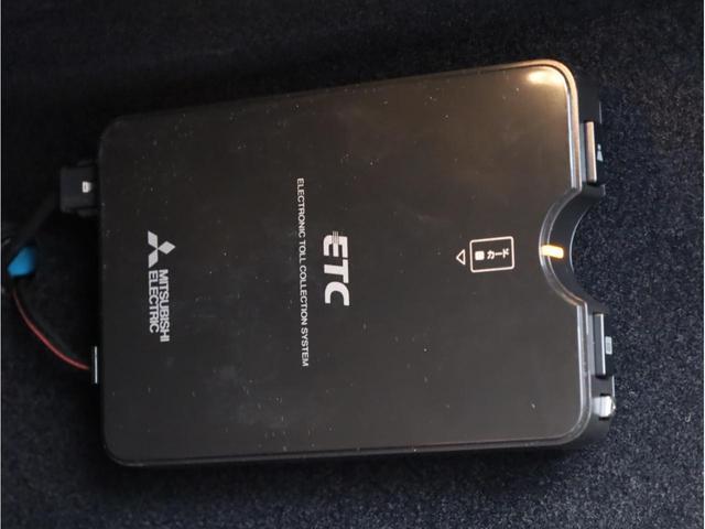 ヴェローチェ 禁煙車 カロッツェリアナビAVIC-RZ800(フルセグTV DVD再生 Bluetooth USB入力端子 SDカード対応) Bカメラ ナビ連携ドラレコND-DVR1 ステンレスフットレスト ETC(46枚目)