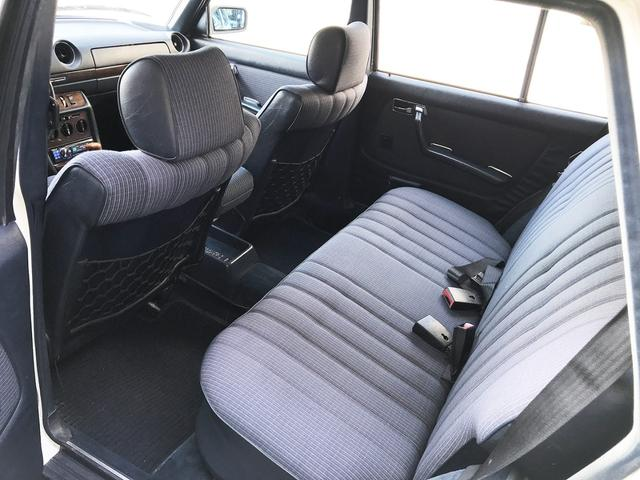 300TD ウエスタン自動車D車  整備済み(12枚目)