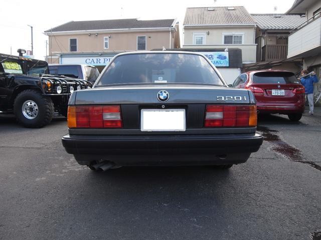 BMW BMW 320i ワンオーナー ディーラーフルメンテナンス