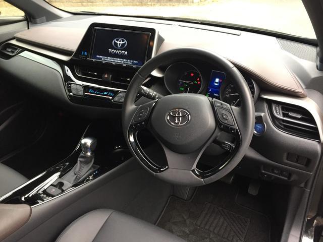 トヨタ C-HR G ナビTV スマートキー 革シート 1オーナー ETC