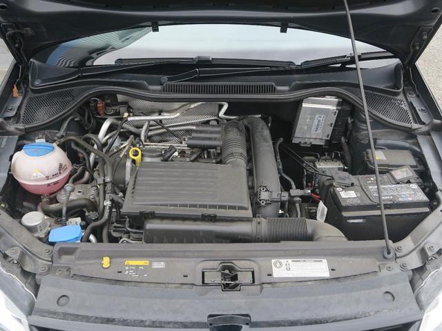 フォルクスワーゲン VW ポロ クロスポロ 純正ナビ バックカメラ パドルシフト
