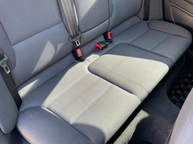 スポーツバック1.4TFSI メモリーナビゲーション 地デジフルセグ Bluetooth DVDプレーヤー バックカメラ ETC HIDオートライト 純正16インチアルミホイール スペアキー 取説保証書 正規ディーラー車 安心保証(31枚目)
