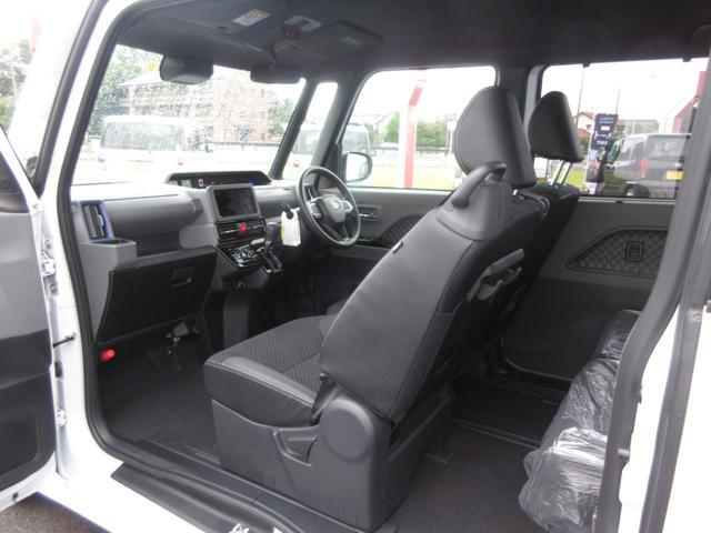 カスタムX 4WD 両側電動スライドドア(8枚目)