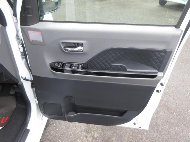 カスタムX 4WD 両側電動スライドドア(11枚目)
