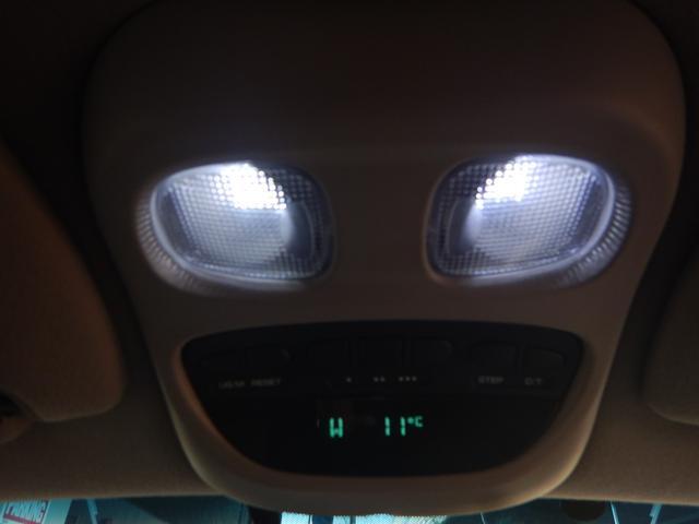 「ダッジ」「ダッジデュランゴ」「SUV・クロカン」「兵庫県」の中古車18