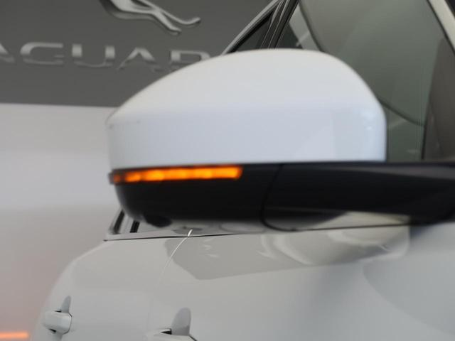 「ジャガー」「Fペース」「SUV・クロカン」「大阪府」の中古車44