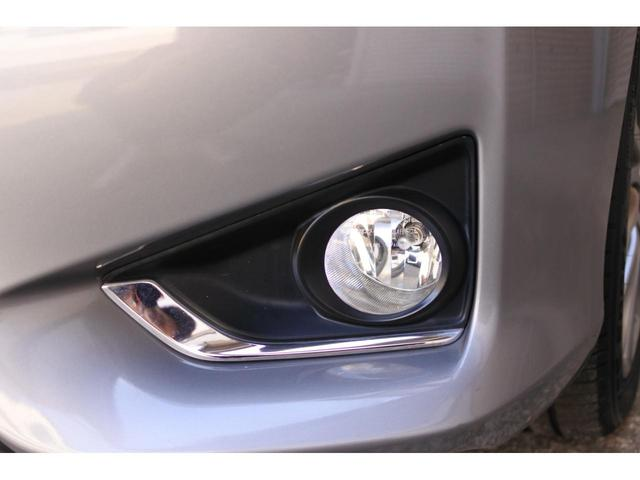 プレミアム ハーフレザーシート 駐車監視機能積みルームミラー内蔵型ドライブレコーダー バックカメラ コーナーポール パワーシート シートヒーター SDナビ フルセグ HID ETC プッシュスタート(16枚目)