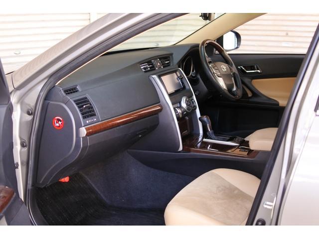 プレミアム ハーフレザーシート 駐車監視機能積みルームミラー内蔵型ドライブレコーダー バックカメラ コーナーポール パワーシート シートヒーター SDナビ フルセグ HID ETC プッシュスタート(52枚目)
