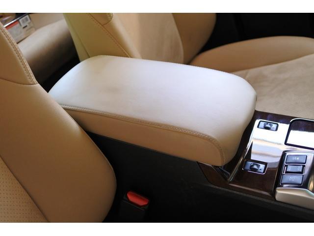 プレミアム ハーフレザーシート 駐車監視機能積みルームミラー内蔵型ドライブレコーダー バックカメラ コーナーポール パワーシート シートヒーター SDナビ フルセグ HID ETC プッシュスタート(66枚目)