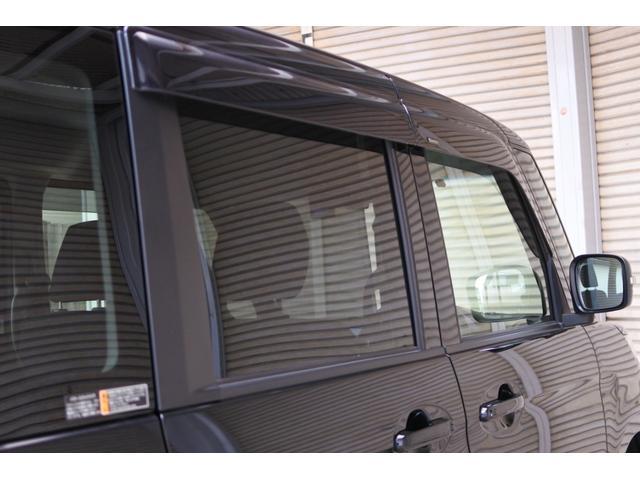 ベースグレード デュアルブレーキサポート 両側パワースライドドア 9インチナビ スマートキー ドライブレコーダー 社外アルミホイール 純正ETC プッシュスタート LEDフォグ HID バックカメラ 社外テール(29枚目)