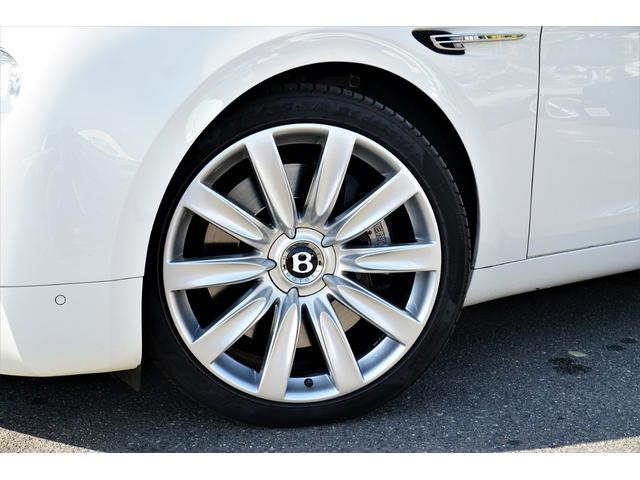 6.0 4WD 左H 正規ディーラー車 サンルーフ(7枚目)