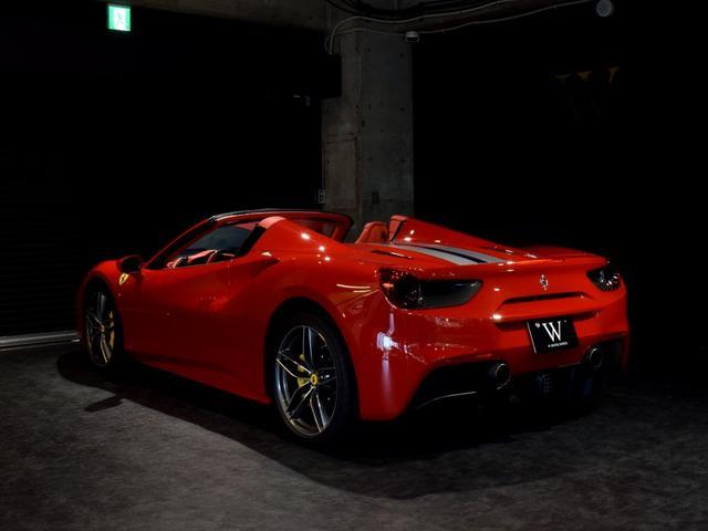 「フェラーリ」「フェラーリ 488スパイダー」「オープンカー」「兵庫県」の中古車7