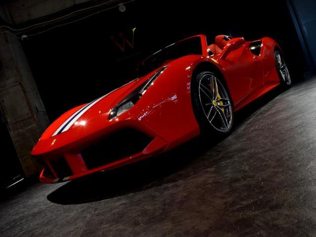 「フェラーリ」「フェラーリ 488スパイダー」「オープンカー」「兵庫県」の中古車17