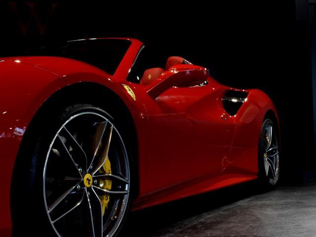 「フェラーリ」「フェラーリ 488スパイダー」「オープンカー」「兵庫県」の中古車18