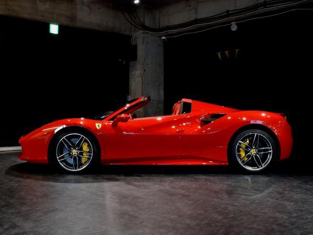「フェラーリ」「フェラーリ 488スパイダー」「オープンカー」「兵庫県」の中古車23