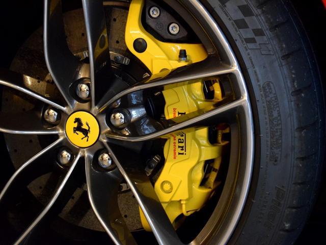 「フェラーリ」「フェラーリ 488スパイダー」「オープンカー」「兵庫県」の中古車27