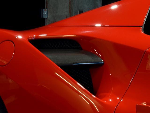 「フェラーリ」「フェラーリ 488スパイダー」「オープンカー」「兵庫県」の中古車44