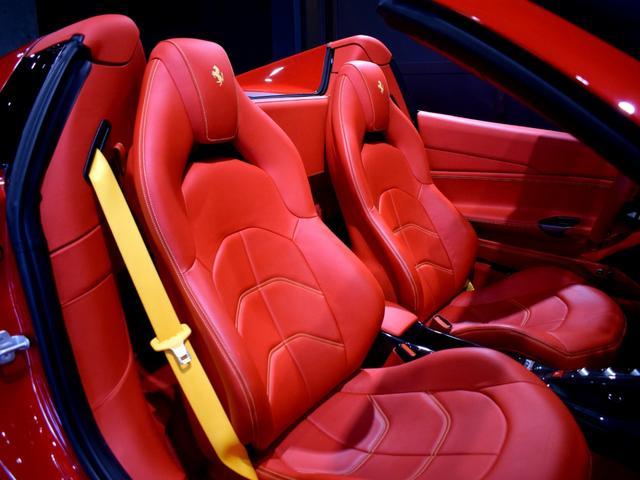 「フェラーリ」「フェラーリ 488スパイダー」「オープンカー」「兵庫県」の中古車57