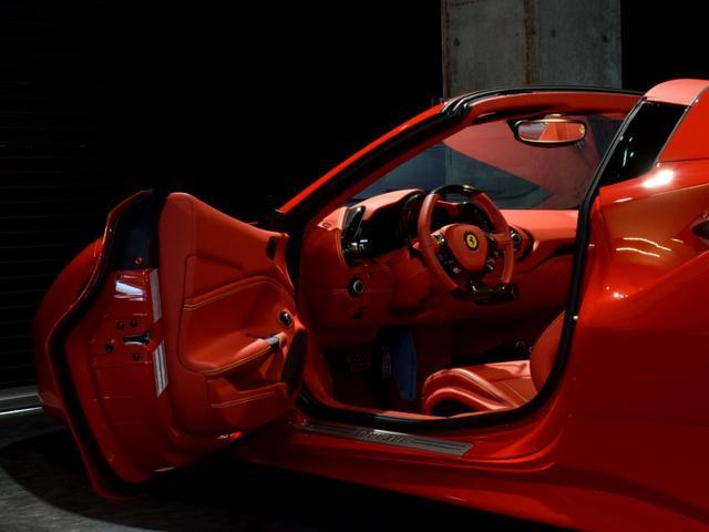 「フェラーリ」「フェラーリ 488スパイダー」「オープンカー」「兵庫県」の中古車59