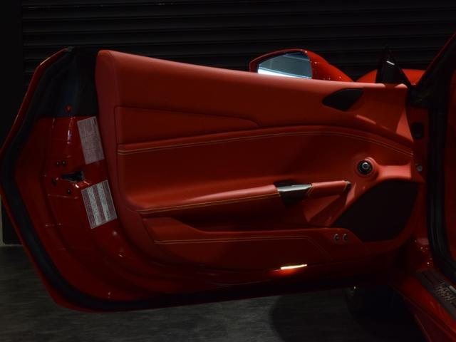 「フェラーリ」「フェラーリ 488スパイダー」「オープンカー」「兵庫県」の中古車60
