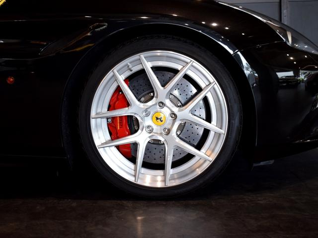 「フェラーリ」「フェラーリ カリフォルニアT」「オープンカー」「兵庫県」の中古車9