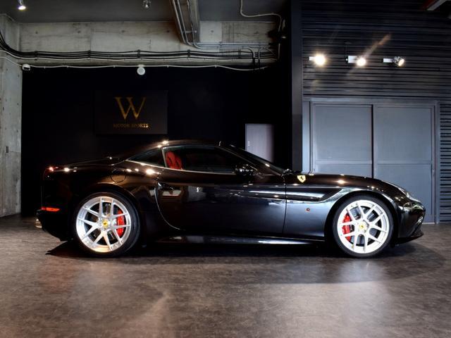 「フェラーリ」「フェラーリ カリフォルニアT」「オープンカー」「兵庫県」の中古車13