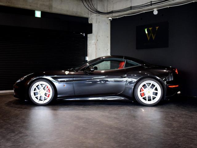 「フェラーリ」「フェラーリ カリフォルニアT」「オープンカー」「兵庫県」の中古車32