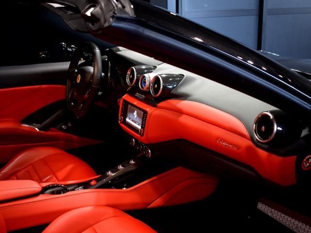 「フェラーリ」「フェラーリ カリフォルニアT」「オープンカー」「兵庫県」の中古車54